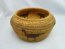 """Native American Weave Small Basket Bowl. Very Nice Design. Approx. 3"""" T x 6"""" D"""
