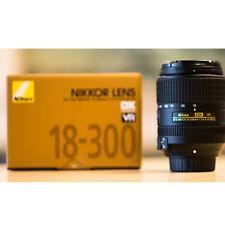 Nikon AF-S DX NIKKOR 18-300mm f/3.5-6.3G DX VR D5500 D7100 Stock in EU migliore