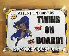 I SUPEREROI BATMAN Gemelli A Bordo Auto Firmare laminato