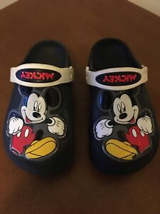 youth MICKEY MOUSE CROCS SIZE 13 in VERY GOOD CONDITION