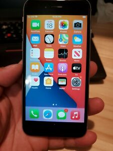 Apple iPhone 6s 32GB - gray TracFone  Straight Talk  carrier grea condition 6073