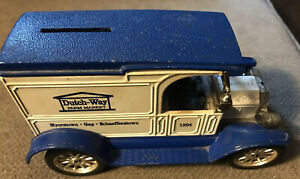 Ertl Dutch Way Farm Market 1917 Ford Model T Van  Toy Bank