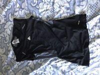Adidas Tech Fit Size M