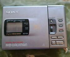 SONY WALKMAN MZ-R30 PORTABLE MINIDISC PLAYER/RECORDER.used