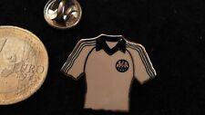 SGE Eintracht Frankfurt Trikot Pin 1981 Deutscher Pokalsieger ohne Werbung origi