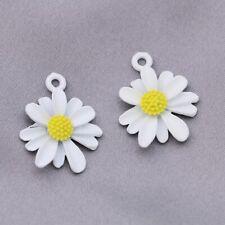 10Ps White Flower Chrysanthemum Charm Pendant Jewelry Making Bracelet DIY Craft