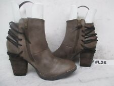 Steve Madden Raglin Stone Leather High Heel Zip Ankle Boots Size 8