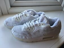White Ladies Nike Air Max Size 7