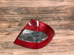 MERCEDES BENZ OEM W211 E350 E550 REAR RIGHT SIDE TAILLIGHT TAILLAMP LED 07-09