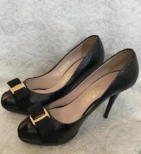 Ferragamo Osimo Peep Toe Pump Black Embossed Patent Leather Bow Toe Size 8