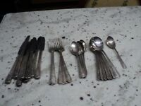 ANTIQUE WM ROGERS MFG. CO 'IS SILVER PLATE FLATWARE