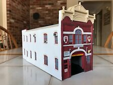 Code 3 Collectibles - FDNY Ladder 79 / Battalion 22 Firehouse replica 1/64 scale