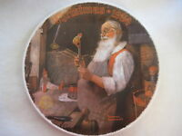 """1984 CHRISTMAS NORMAN ROCKWELL """"SANTA IN HIS WORKSHOP"""" BRADEX L/E PLATE, 8 1/4"""""""