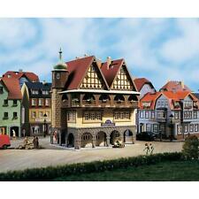 AUHAGEN HO/TT  scale ~ HALF TIMBERED HOTEL ~ plastic model kitset # 12348