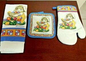 Laurie Korsgaden Oven Mitt Dish Towel & Pot Holder Easter Bunny  NWOT