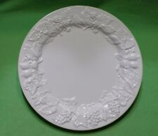 Set of 8 ESTE CE Italian plates with deep raised relief GRAPE CLUSTERS & FRUITS.