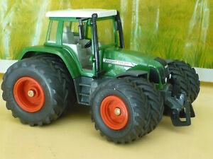 SIKU Tracteur FENDT Favorit 716 Vario 4 ROUES JUMELEES, ref 3250, échelle 1/32