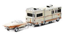 NEW NIP GREENLIGHT1973 WINNEBAGO CHIEFTAIN RV & BOAT TRAILER DIE-CAST 1:64 Hitch