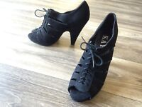 Women's Kaya Jelisa Black Suede Lace-Up High Heeled Sandals 10M GREAT CONDITION