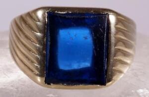 Men's Blue Topaz Ring Size 10 10 K Yellow Gold