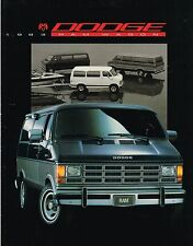 1993 Dodge VAN / WAGON Brochure w/Color Chart: RAM,B-150,250,350,LE,MAXIWAGON,