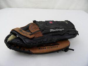 MacGregor Baseball mitt  RHT 13.5 Glove Deep Custom pocket Hand Crafted 95985