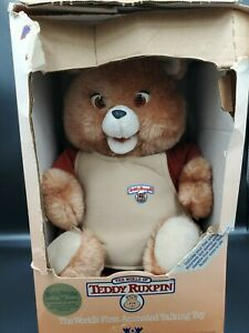 1985 Teddy Ruxpin Vintage Doll Worlds of Wonder with Tape and books