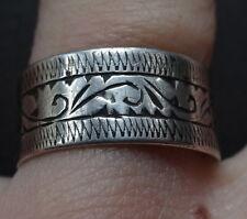 Vintage 925 Sterling Silver anillo de banda ancha firmado elaborado Talla 6 1/2 - C409