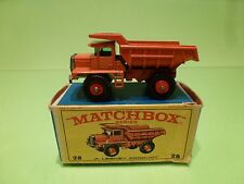 MATCHBOX 28 LESNEY MACK DUMP TRUCK - TIPPER - ORANGE - NEAR MINT IN BOX