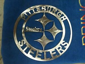 Pittsburgh Steelers round metal Sign mancave/ Wall Decor