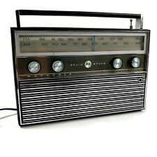 Motorola Model # TP13EE Superadio Style AM/FM Solid State All Transistor Radio