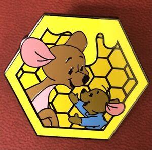 Loungefly / Disney - Winnie The Pooh - Honeycomb - Kanga & Roo Pin - Blind Box