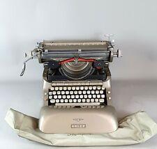 Mid-Century Retro Schreibmaschine Adler Silber Grau