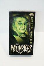 2013 Moebius Models 1/9 #934 the Munsters Grandpa Munster figure model kit