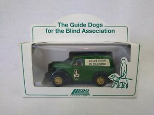 Lledo Days Gone Guide Dogs for the Blind Association Dogs in Training Morris Van