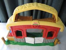 Fisher Price Little People FARM STABLE BARN w/ Sounds & Music-Hay Loft Bed Cute!