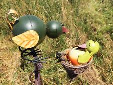 Windspiel Vogel mit Küken im Vogelnest Metall bunt Wippe Pendel Gartenstecker