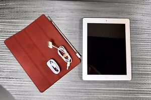 Apple iPad 3rd Gen. 32GB, Wi-Fi + Cellular (AT&T) A1430 9.7in - White Silver