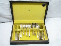 Set Rogers & Bro svc for 12 Inspiration Silver Plate Flatware 78 pcs w/Box