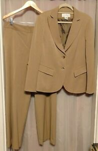 Jones New York Suit Pant Suit Tan Fitted Jacket Size 14