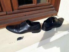 HUGO BOSS.Chaussures.Shoes.44.NOIR.Bon état.