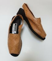 Andre Assous Shoes Tan Featherweights Peep Toe Slingback Woven Spain Size 6.5 M