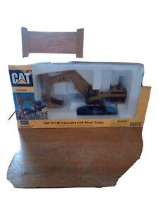 NORSCOT 1:50 SCALE CAT 5110B EXCAVATOR WITH METAL TRACKS