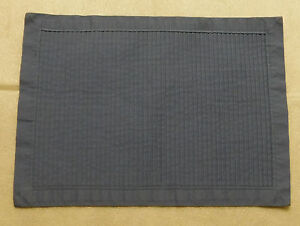 Cornflower Blue Rippled Cloth Placemat Rectangular Table Place Setting 17 x 12