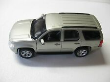 WELLY 1:24 SCALE 2008 CHEVROLET TAHOE DIECAST CAR MODEL W/O BOX
