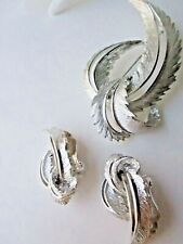 Demi Parure SET SARAH COVENTRY Clip earrings Pin Free Ship - FEATHERED FASHION