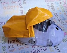 2010 Zhu Zhu Pets Hamster Outfit Raincoat and Hat set 🌟 NEW OUT OF PACKAGE