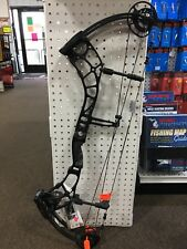 New 2016 Bear Archery Escape SD 40-55# RH Bow Shadow Color