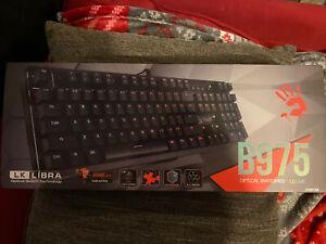 B975 Light Strike Optical Gaming Keyboard (Tactile & Clicky) - Orange switch