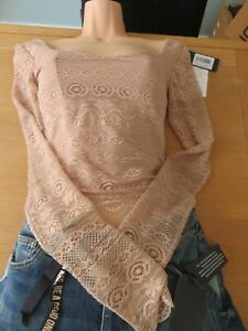 Guess: Crop Top. Pink. RRP $69. Brand new with tags.